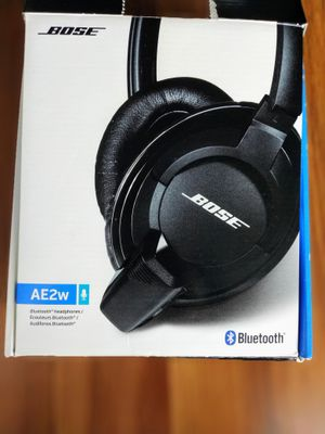 Bose AE2w Bluetooth SoundLink around-earheadphone for Sale in Chicago, IL
