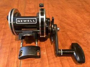 NEWELL S229-5 GRAPHITE Conventional Fishing Reel w/ Clamp for Sale in Huntington Beach, CA