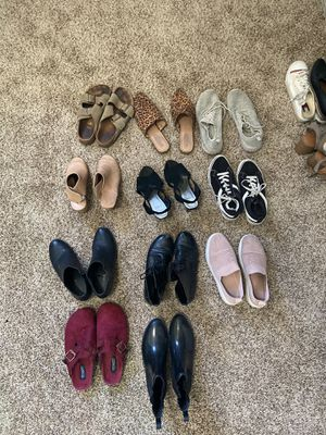 Size 7-8 Women's Shoes for Sale in San Diego, CA