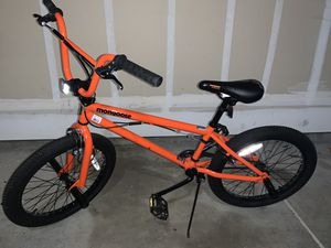 "Mongoose 20"" boys bike for Sale in Clovis, CA"