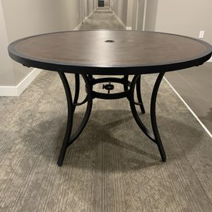 Patio Round Table for Sale in Phoenix, AZ