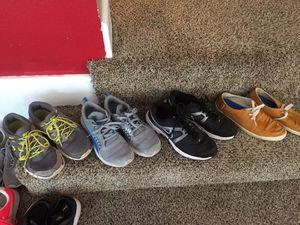 4 pair men's Nike puma vans size 9.5 10 for Sale in Dallas, TX