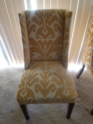 Antique chairs color yellow for Sale in Anaheim, CA