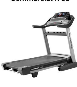 NordicTrack 1750 Commercial Treadmill for Sale in South Gate,  CA