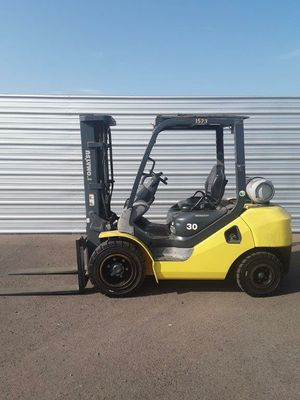 2014 Komatsu 6000lb Pneumatic Forklift for Sale in Phoenix, AZ