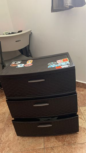Plastic drawers for Sale in Los Angeles, CA