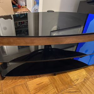 TV Stand (fits up to 60 Inches) for Sale in Alexandria, VA