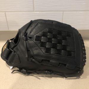 Nike Softball Glove. for Sale in Herald, CA
