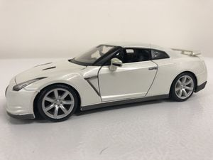 2009 Nissan GTR diecast Model 1:24 for Sale in Tempe, AZ