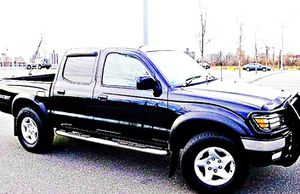 ֆ14OO 4WD Toyota Tacoma 4WD for Sale in Ravensdale, WA
