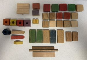 Vintage Building blocks-37 pieces for Sale in Sandy, OR