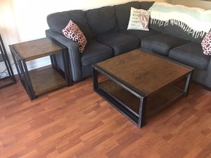 Coffee and end table set for Sale in Tampa, FL