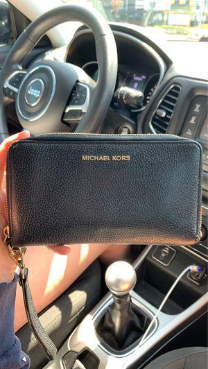 Michael Kors wallet for Sale in Renton, WA