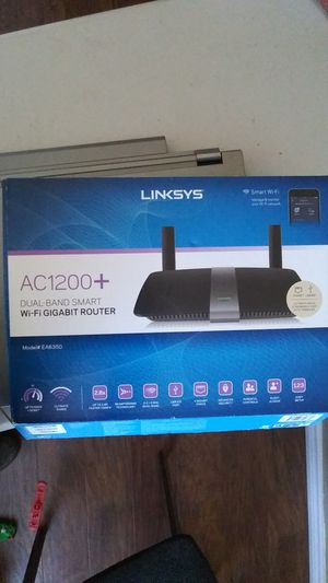 Linksys AC1200+ Dual-brand smart wifi gigabit router for Sale in Leander, TX