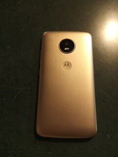 Smartphone with service included for life for Sale in Wichita, KS