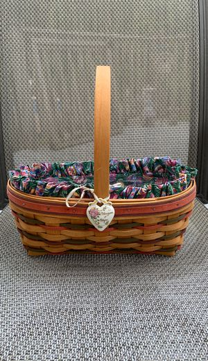 Longaberger medium Easter Basket. for Sale in Southbury, CT