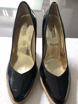 Michael Kors Black Patent Wood Block Heels Sz 6.5 for Sale in Paradise Valley, AZ
