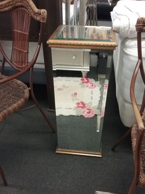 Mirrored Pedestal Stand $75 for Sale in Warminster, PA