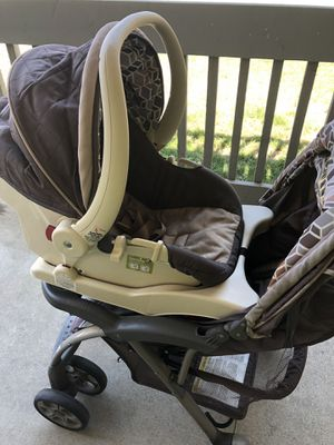 Safety first stroller and car seat with base for Sale in El Cajon, CA
