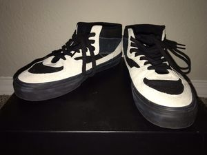 Vans Half Cab- Black and White, size 8.5 for Sale in Springfield, MO