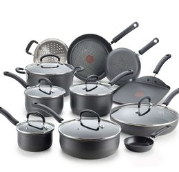 Cookware set W/ Kitchen Utensil Set/and Dinnerware for Sale in Wilsonville,  OR
