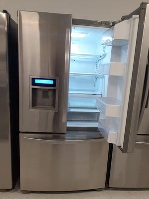 """🔥🔥Kenmore//36"""" stainless steel refrigerator counter dept 90 days warranty 🔥🔥 for Sale in Mount Rainier, MD"""