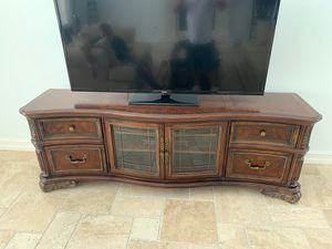 Tv stand entertainment center for Sale in Fort Lauderdale, FL
