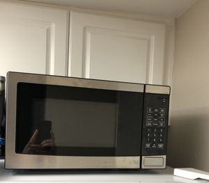 Small Microwave for Sale in Los Angeles, CA