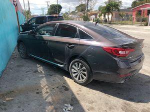 2015 Hyundai Sonata Sport parts for Sale in Hialeah, FL