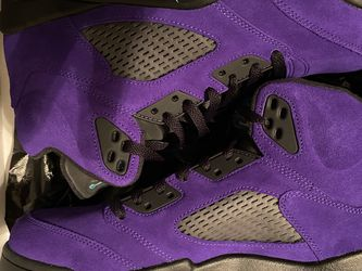 Jordan 5 Retro Alternate Grape for Sale in Sterling,  VA