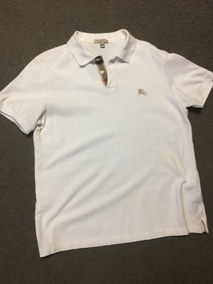 White Burberry polo M for Sale in OXON HILL, MD