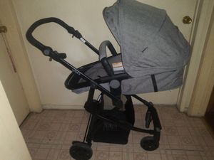 Urbini Omni Plus 3 in 1 Travel System for Sale in Downey, CA