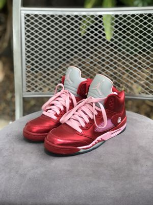 newest collection 77ac3 ec21f Air Jordan 5 retro Valentine s Day 4y (women s 6) for Sale in Orlando,