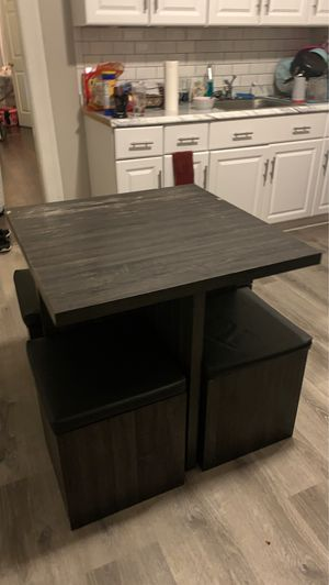 Baxter 5 piece dining table and storage stools for Sale in Scranton, PA