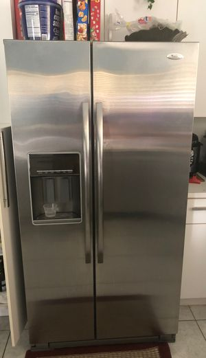 refrigerator whirlpool gold for Sale in Hialeah, FL