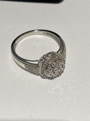 Beautiful Ladies Silver Ring with Real Diamonds Size 7.25 for Sale in Hampton, VA