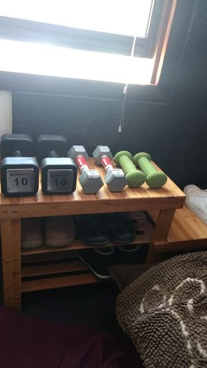 Reebok 10 lb, 5lb and 3lb dumbbells. Moving, check out my offers, make it a package deal! for Sale in Pine, CO