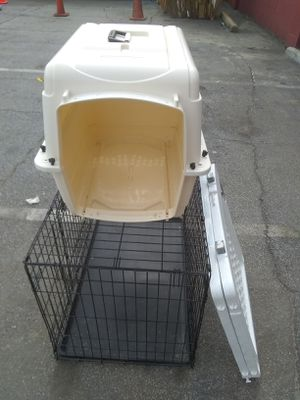 Dog kennel 36 +gate +dog carrier 40.00 for Sale in College Park, GA
