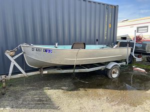 12' Klamath trailer boat with trailer - no motor will trade for a small dirt bike for Sale in Davis, CA