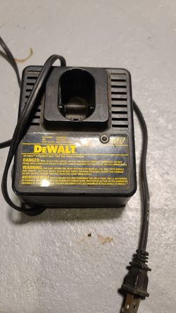Dewalt charger for Sale in Tovey,  IL