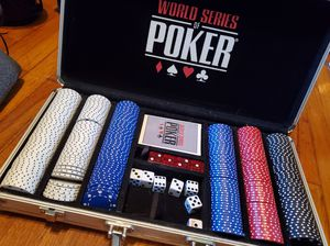 World series poker chip 300 count 11.5g for Sale in Fort Smith, AR