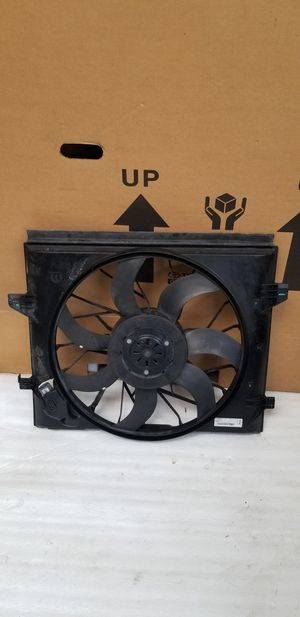 2014 - 2019 Dodge Durango and fit Jeep grand Cherokee Coling Fan Oem part for Sale in Los Angeles, CA