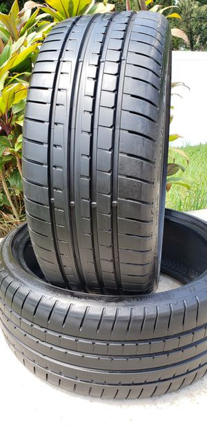 275/30/20 GOODYEAR EAGLE 95% TREAD USED TIRES for Sale in Tampa, FL