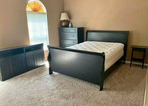 Queen bedroom set for Sale in NEW PRT RCHY, FL