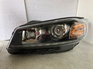 2019 2020 Kia Sorento Halogen Dual LED Projector Left Side Headlight OEM Clean for Sale in Nashville, TN