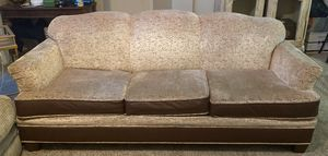 Living room couch for Sale in Clovis, CA