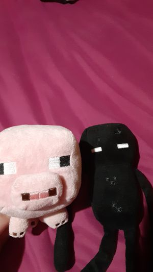 Minecraft pig and enderman plush for Sale in Blountville, TN