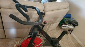 Sunny health and fitness spin bike for Sale in Largo, FL
