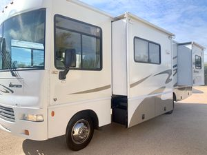 2007 Winnebago Sightseer 29Ft Class A Double Slides V10 Very Well Kept for Sale in Phoenix, AZ