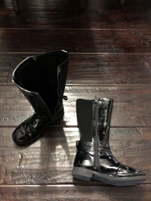 Little girls y'all rain boots size 12 for Sale in Nashville, TN